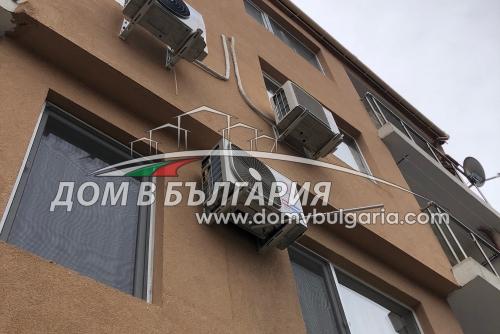 Тристаен имот Трошево